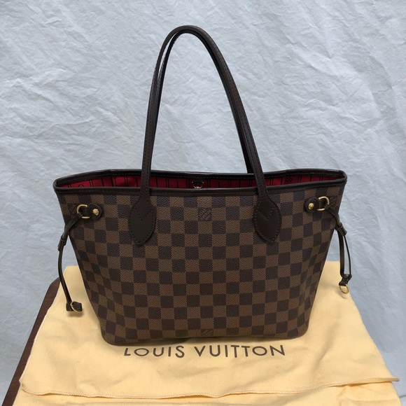 b6be19453 Louis Vuitton Handbags - Authentic Louis Vuitton Neverfull PM Damier